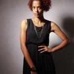 アーティスト 写真 女性