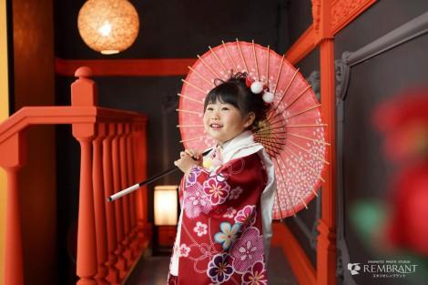 七五三 3才 女の子 千歳飴 神社