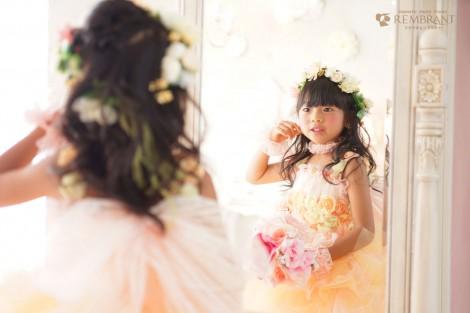 写真スタジオ ドレス