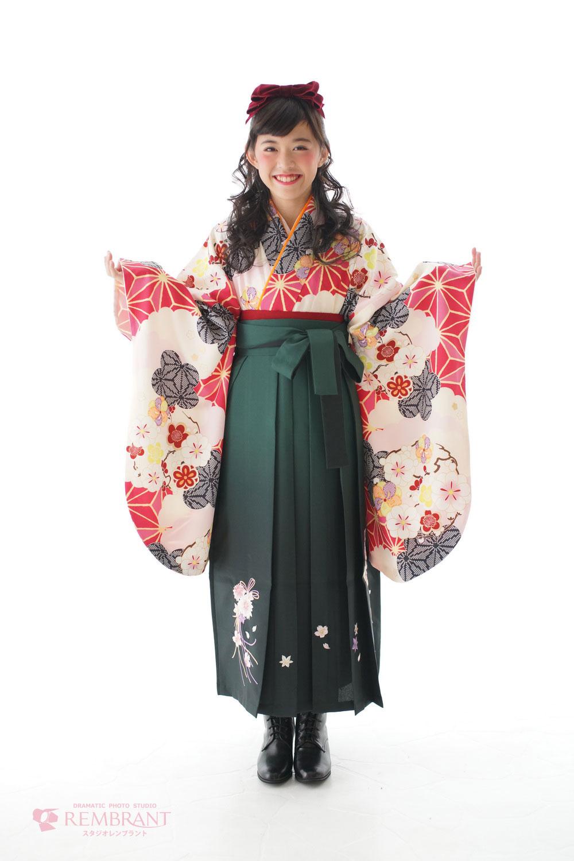 袴,卒業,袴レンタル,記念写真,小学校