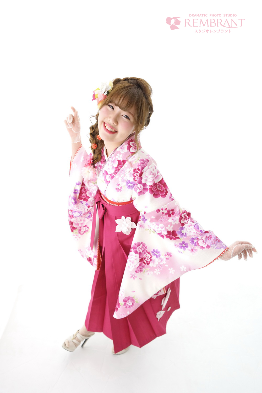 ピンクの卒業袴